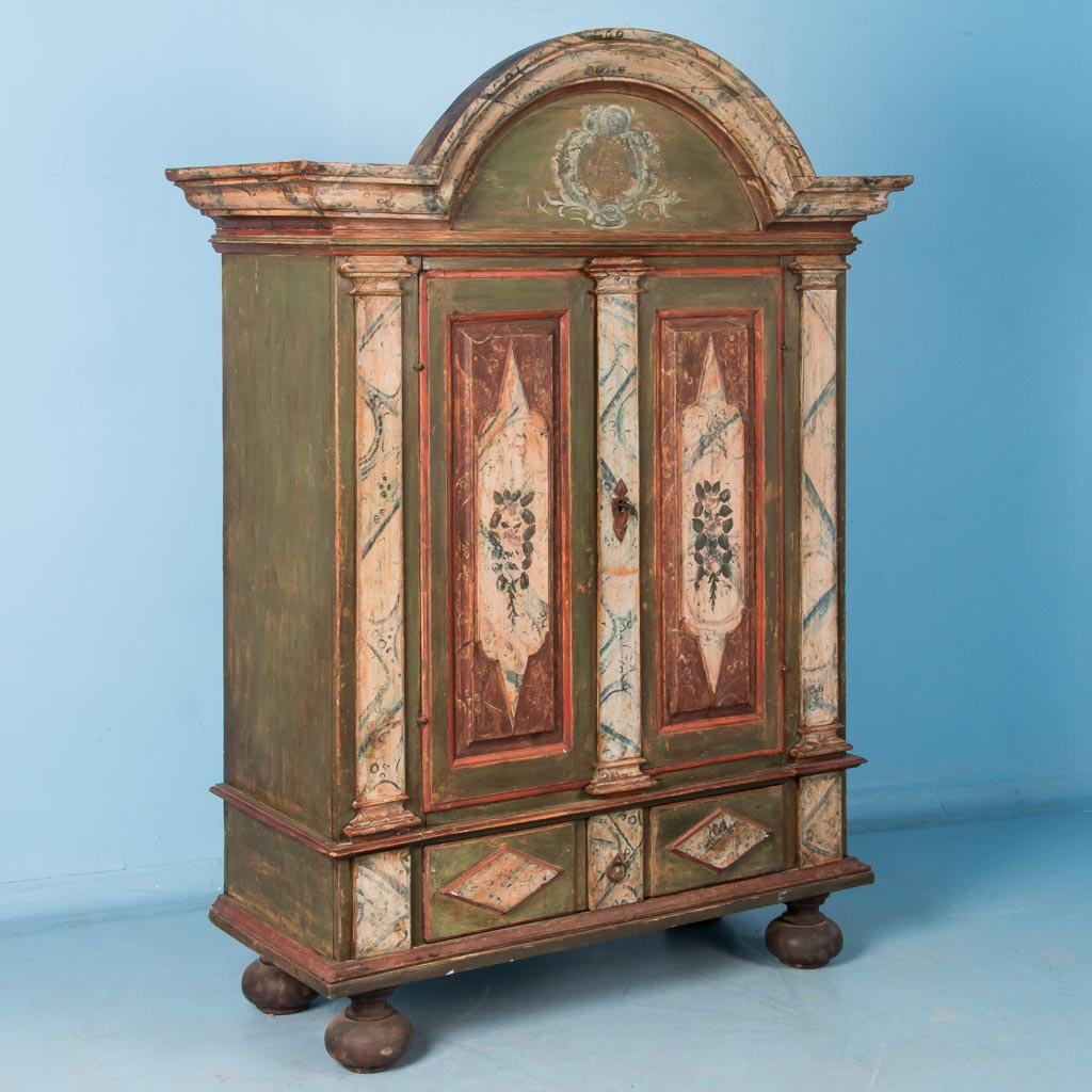antique com at manufacturers wardrobes suppliers and alibaba furniture solid chinese wardrobe wood showroom wedding sun