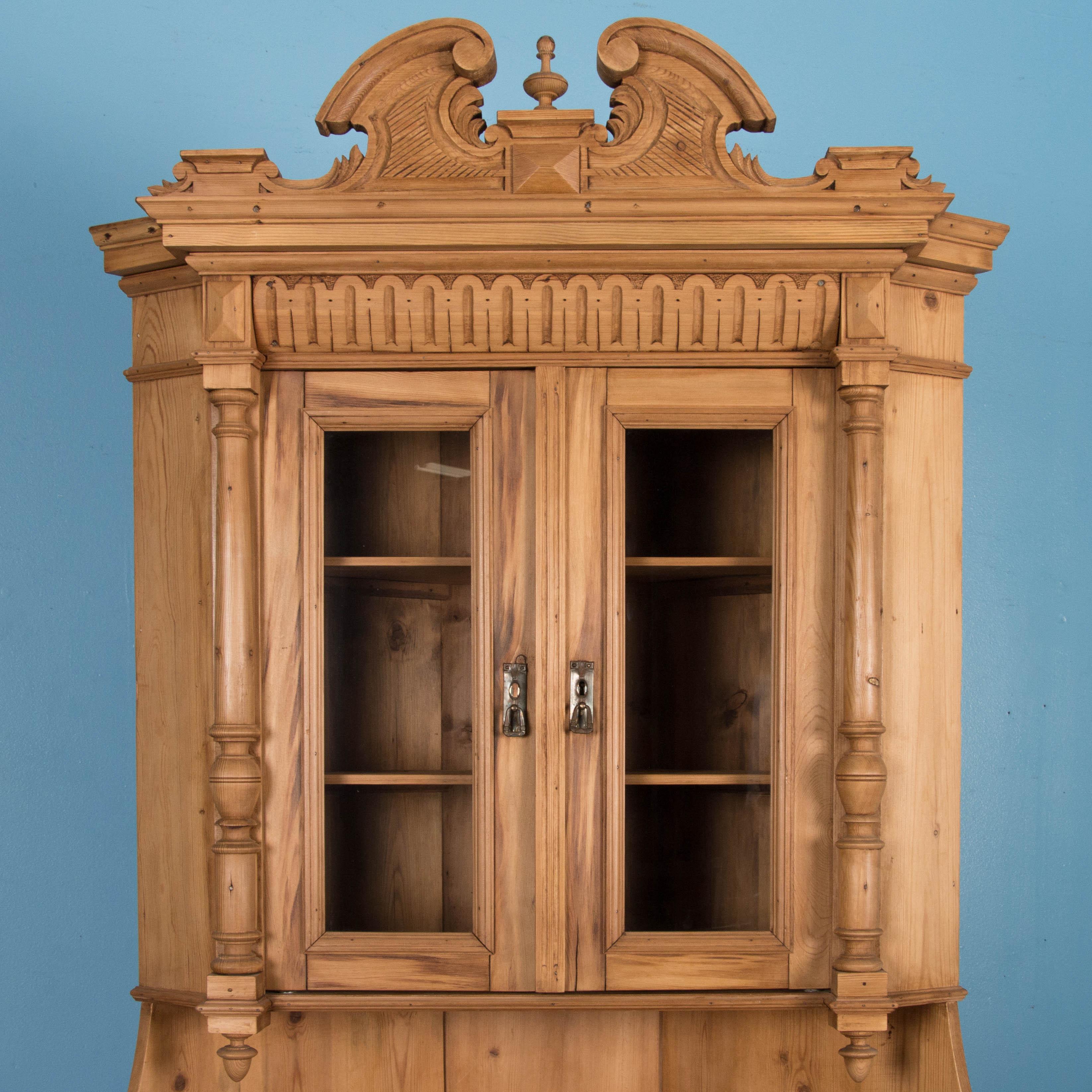 img cupboard cabinet vintage corner portfolio antique pane